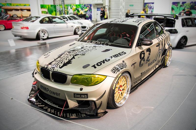 BMW 1er M Coupé, Showfolierung mit 3D-Effekt, in der tuningXperience, Essen Motor Show 2017.