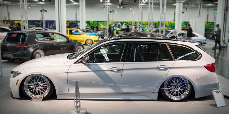 BMW 330d Touring (F31) mit M Paket, ausgestellt in der tuningXperience, Essen Motor Show 2017.