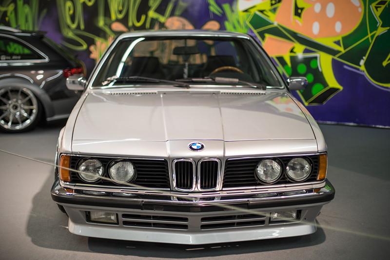 BMW 635CSi (E24), mit BMW M6 Recaro Sportausstattung in schwarzem Leder im Innenraum.