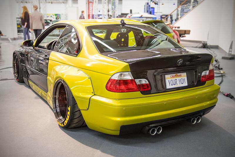 BMW M3 (E46), Baujahr 2001, mit speziell angepassten 'Rocket-Bunny'