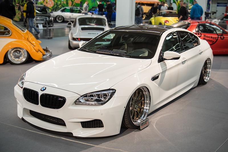 BMW M6 Gran Coupé (F06M), nach veränderter Software, Downpipes und Abgasanlage ca. 750-800 PS.