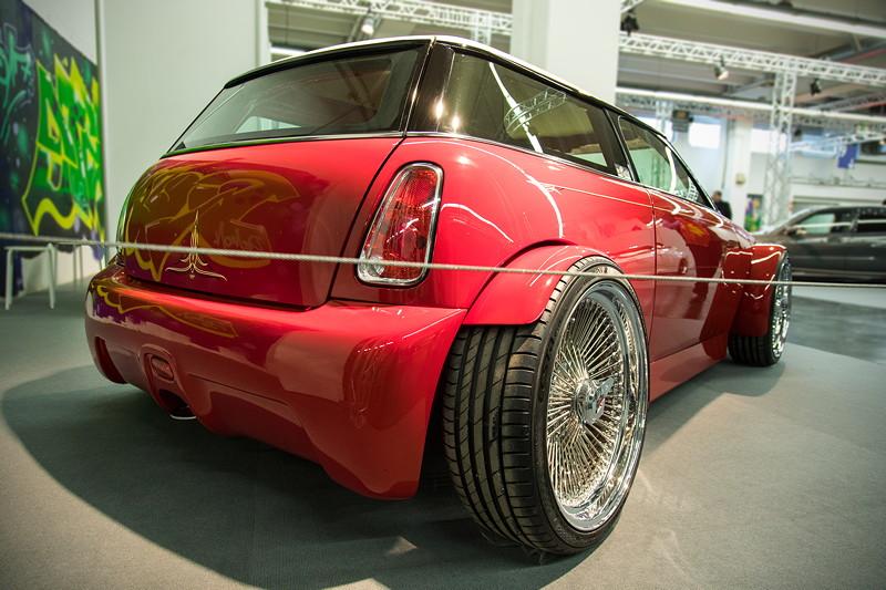MINI Cooper Hot Rod, komplett umgestylte Karosserie, zahlreiche Cleanings, Umbau auf Suicide-Doors.