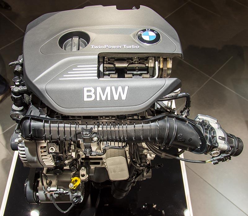 BMW TwinPower Turbo Vier-Zylindermotor, angeboten in Ausbaustufen von 185 bis 252 PS