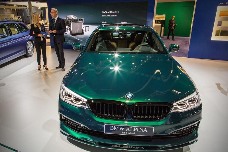 Alpina D5 S in 'Alpina grün metallic', mit Tri-Turbo 6-Zyllinder-Diesel Motor
