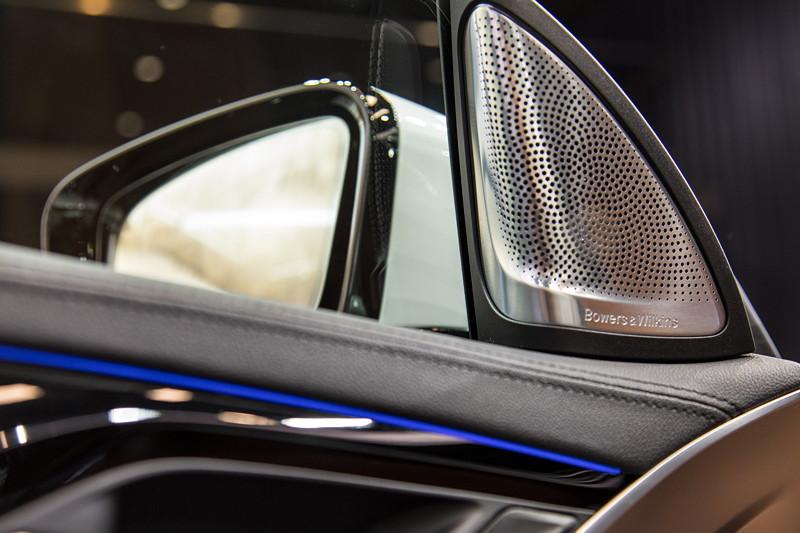 BMW 6er GT, rahmenlose Scheibe, Lautsprecher im Spiegeldreieck