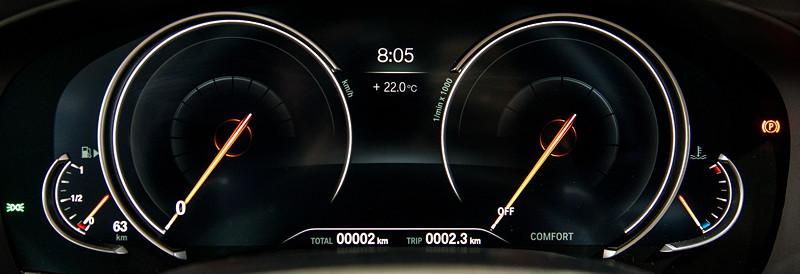 BMW 6er GT, Tacho-Instrumente