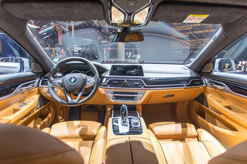 BMW 730d Individual in BMW Individual Vollleder Ausstattung Merino Feinnarbe Caramel/Schwarz