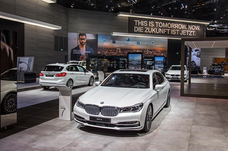 BMW 740Le iPerformance Individual in der eDrive-Ausstellung auf dem BMW Messestand der IAA 2017