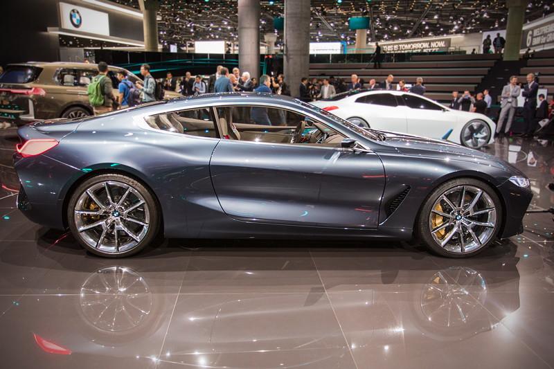 BMW Concept 8series, nach der Pressekonferenz auf der grossen BMW IAA Bühne