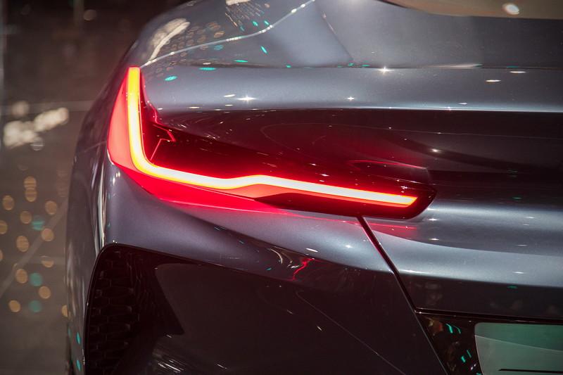 BMW Concept 8series, markantes LED Rücklicht