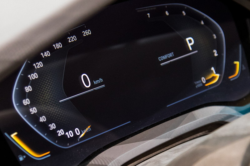 BMW Concept 8series, Tacho-Instrumente