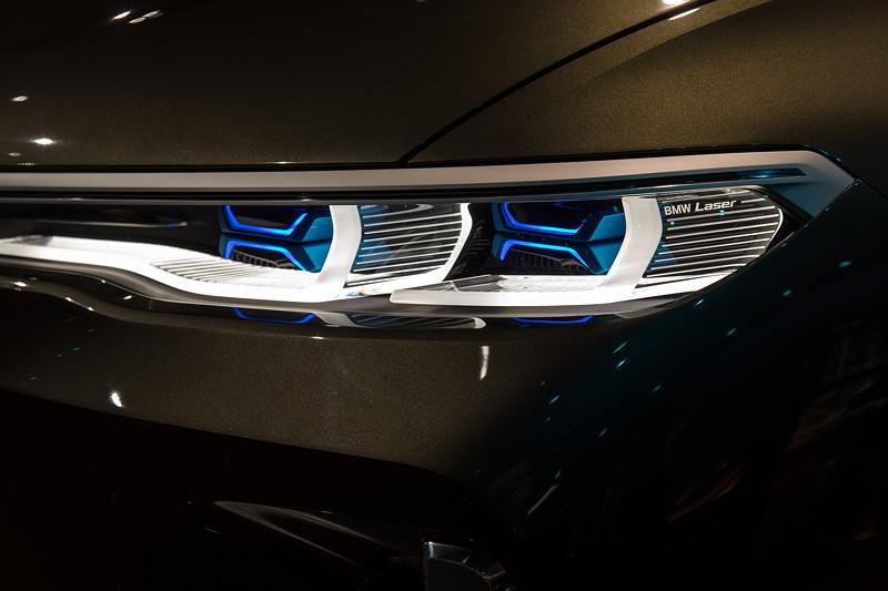 BMW Concept X7 iPerformance, Laser Scheinwerfer