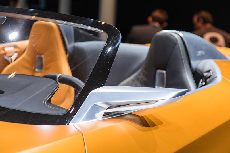 BMW Concept Z4, futuristischer Außenspiegel.