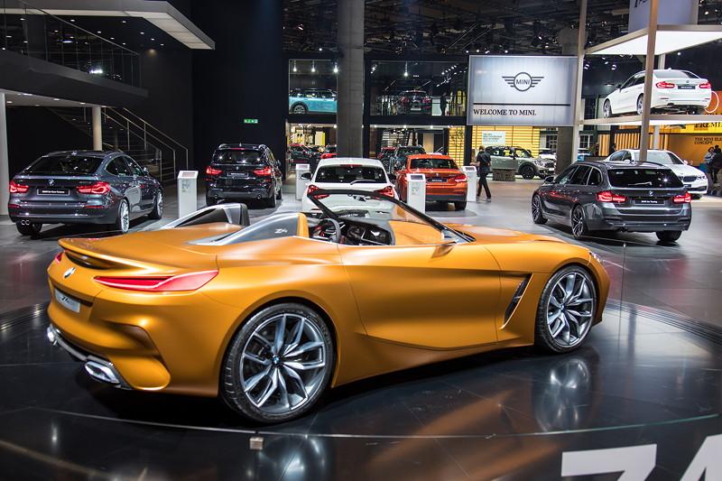 BMW Concept Z4 auf derm BW Group Messestand auf der IAA 2017, Halle 11.