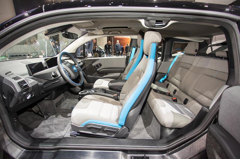 BMW i3s, dank leichter und verwindungssteifer Carbon-Karosserie kann die B-Säule entfallen