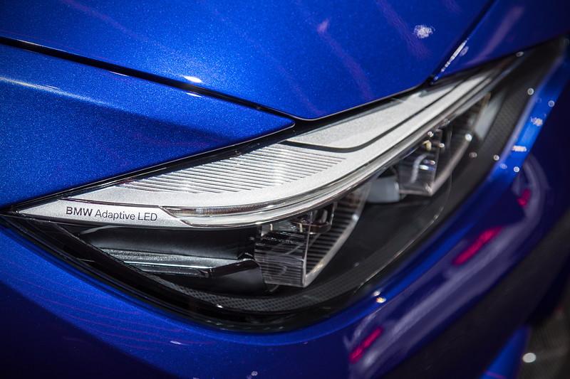 BMW M4 CS, Scheinwerfer