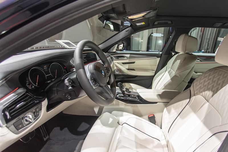 BMW M550d Touring, Innenraum