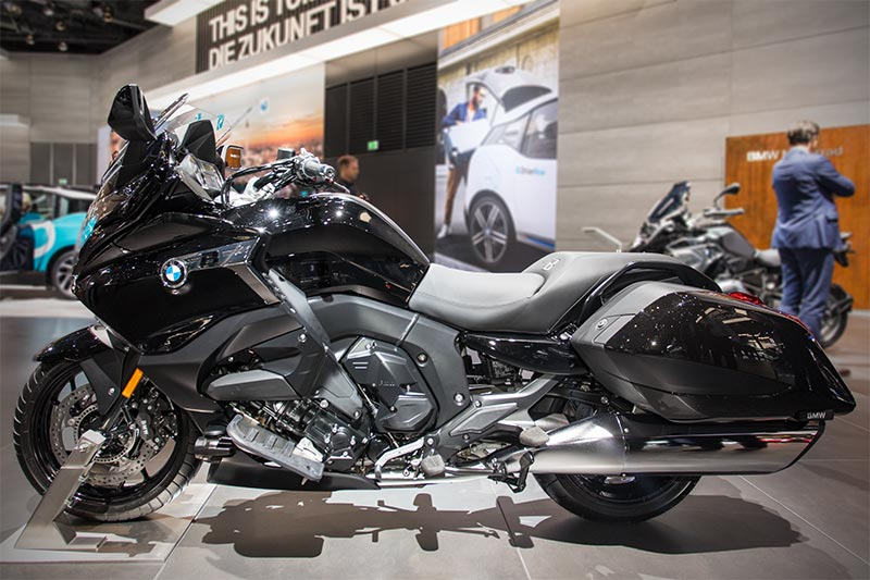 BMW Motorrad K 1600 B, Sechs Zylindermaschine im exklusiven Bagger-Style, vor allem für den US-Markt