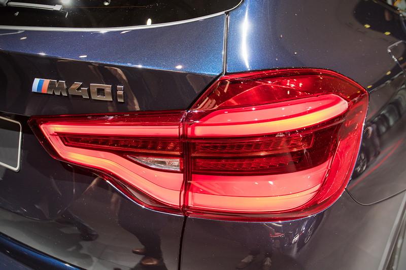 BMW X3 xDrive M40i, Typbezeichnung auf der Heckklappe, LED Rücklicht