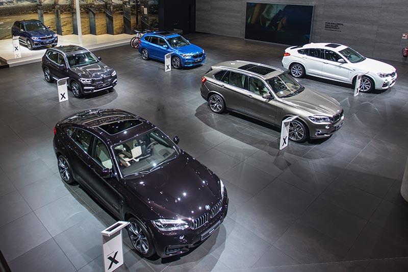 BMW X Ausstellung auf der IAA 2017