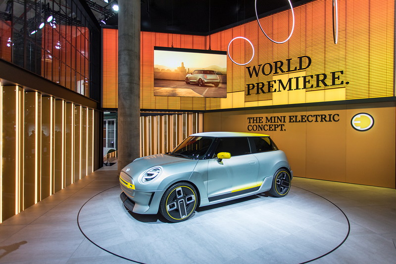 MINI Concept Electric - Weltpremiere auf der IAA 2017