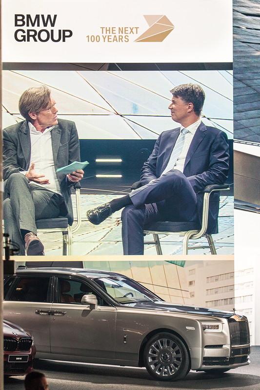 Der ganz neue Rolls-Royce Phantom auf der IAA-Bühne, BMW Messestand.
