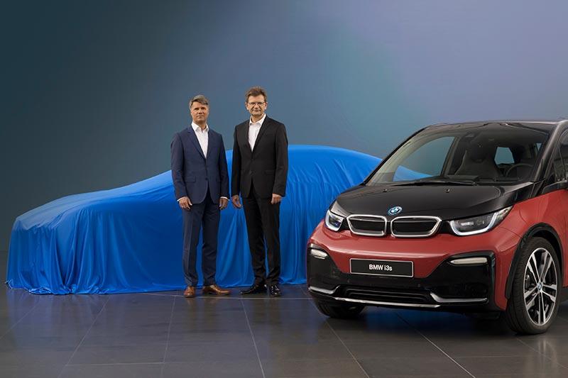 BMW Chef Harald Krüger und Finanzvorstand Klaus Fröhlich geben einen Ausblick auf die IAA 2017
