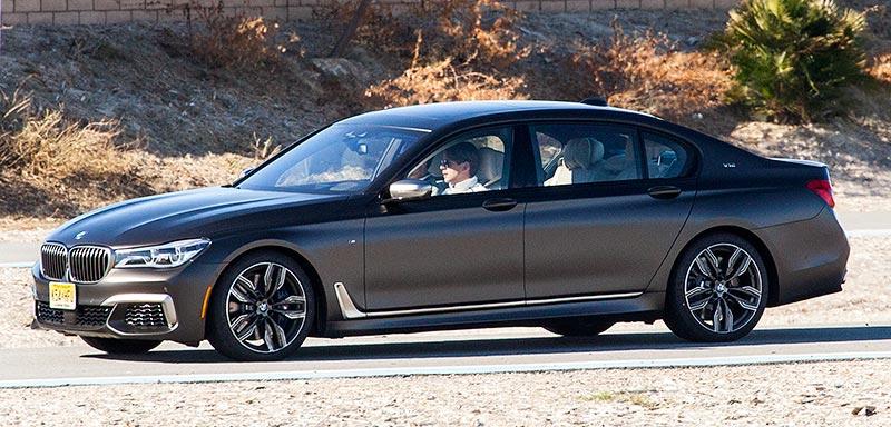 BMW Werksfahrer und DTM Pilot Augusto Farfus fuhr als Instrukteur vor, BMW Driving Center West