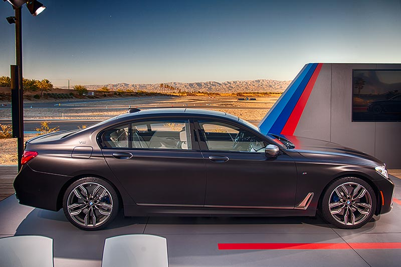 Der neue BMW M760Li xDrive im BMW Performance Center West in Thermal bei Palm Springs