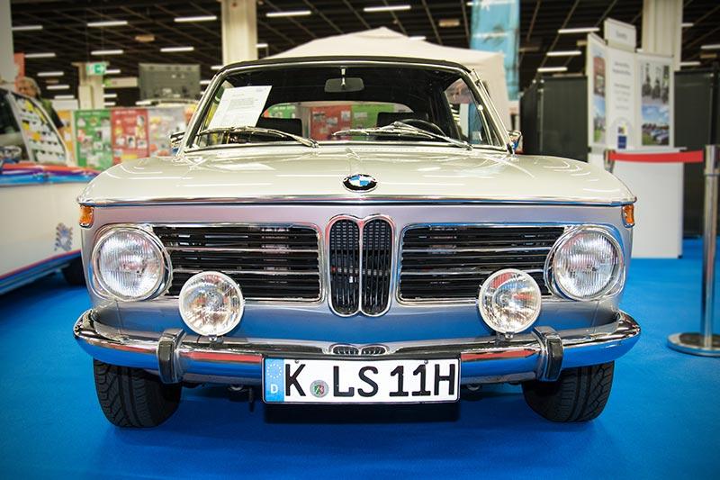 Retro Classics Cologne 2017: BMW 2002 Cabriolet von Carl Seher, Baujahr 1971, ausgestellt vom BMW 02 Club e.V.