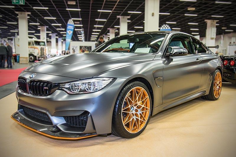 BMW M4 GTS, auf 700 Einheiten limitiert und längst ausverkauft, als Neuwagen ohne Zulassung für 229.000 Euro. BMW verlangte einst 142.600 Euro Grundpreis.