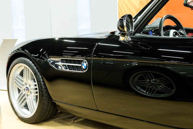 Retro Classics Cologne 2017: BMW Alpina Z8, auf 20 Zoll Leichtmetall Radsatz, hinten: 285/30 ZR 20.