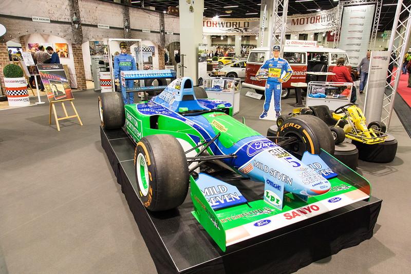 Die Motor World präsentiert die 'Michael Schumacher Private Collection', u. a. mit dem Benetton Ford Formel 1 Auto von Schumacher.
