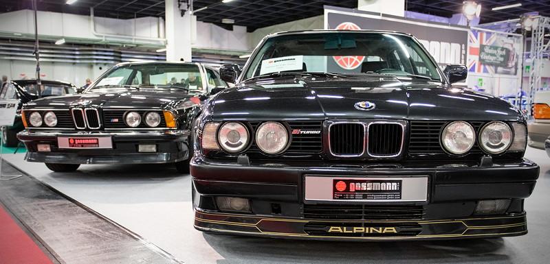 Retro Classics Cologne 2017: Die Firma 'gassmann' bietet u. a. einen BMW 635 CSi (E24) und einen BMW Alpina B10 Bi-Turbo (E34) an.