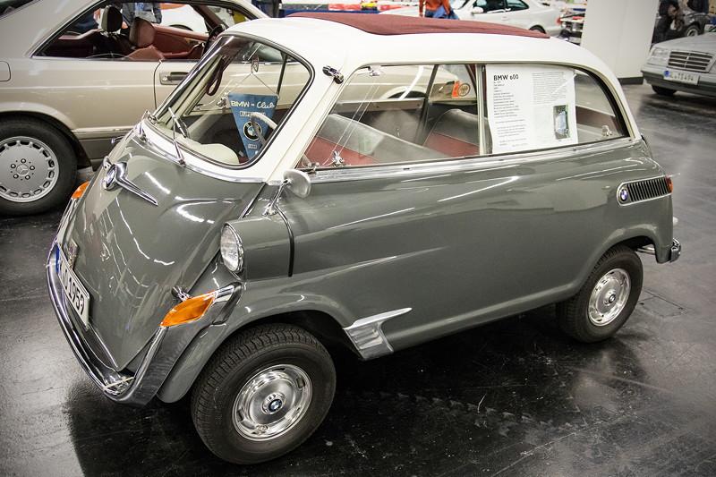 Retro Classics Cologne 2017: BMW 600, Baujahr 1959, 28 PS, 120 km/h, vollrestauriert, Preis: 45.000 Euro.