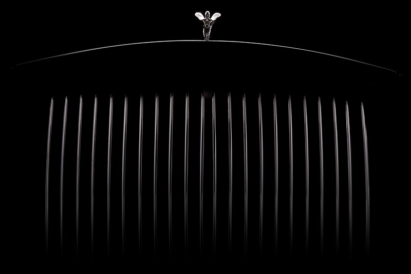 Rolls-Royce Phantom, Kühler mit Kühlerfigur