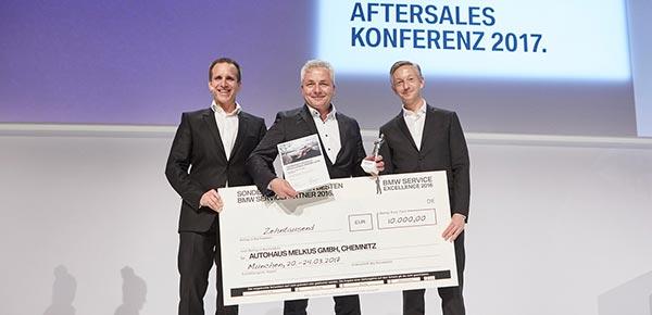 bmw und mini deutschland verleihen service excellence award. Black Bedroom Furniture Sets. Home Design Ideas