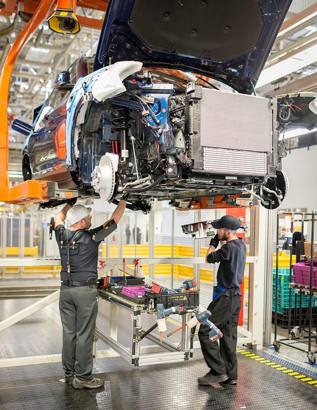 BMW Group Werk Spartanburg: Exoskelett-Weste