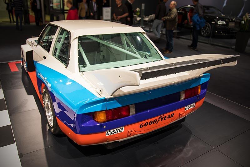 BMW 320 Gruppe 5 Junior Team, mit großem Heckflügel