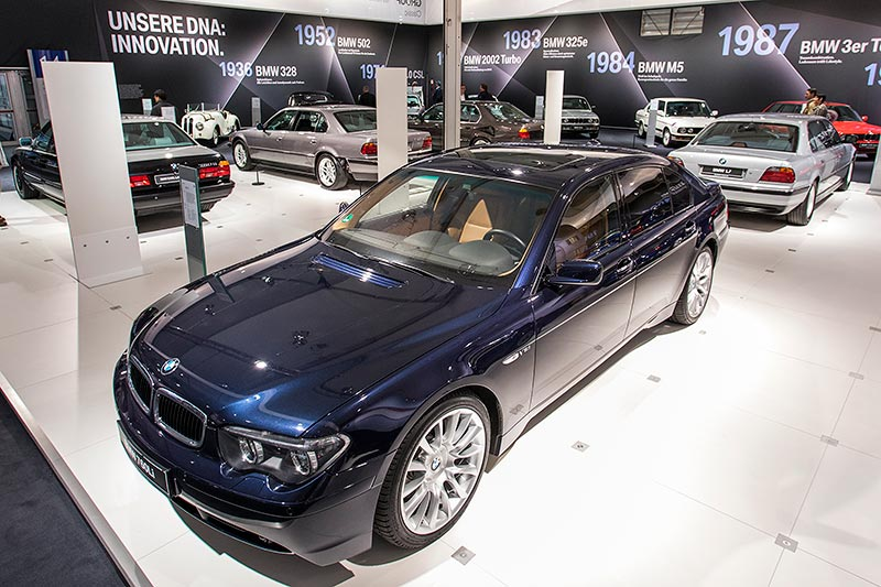BMW 760Li (E66), ausgestellt auf der Techno Classica 2017