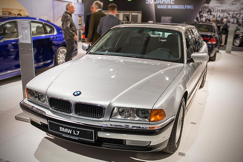 BMW L7 (E38/L7), ehemaliger Neupreis: 246.000 DM
