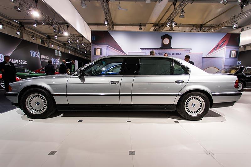 BMW L7 (E38/L7), auf Basis des BMW 750iL, mit um 25 cm verlängerte B-Säule
