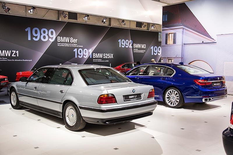 BMW L7 (E38/L7) neben dem BMW M760Li Excellence auf der Techno Classica 2017
