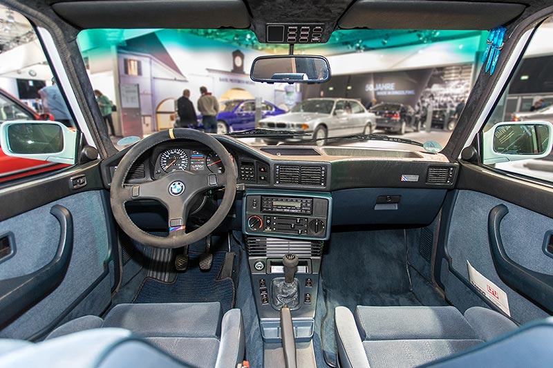 BMW M5, Interieur vorne