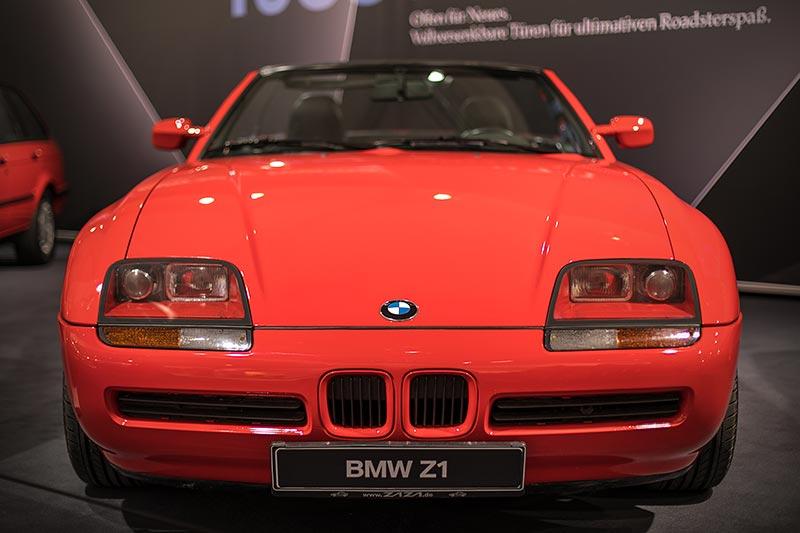 BMW Z1, Roadster mit Kunststoff-Karosserie