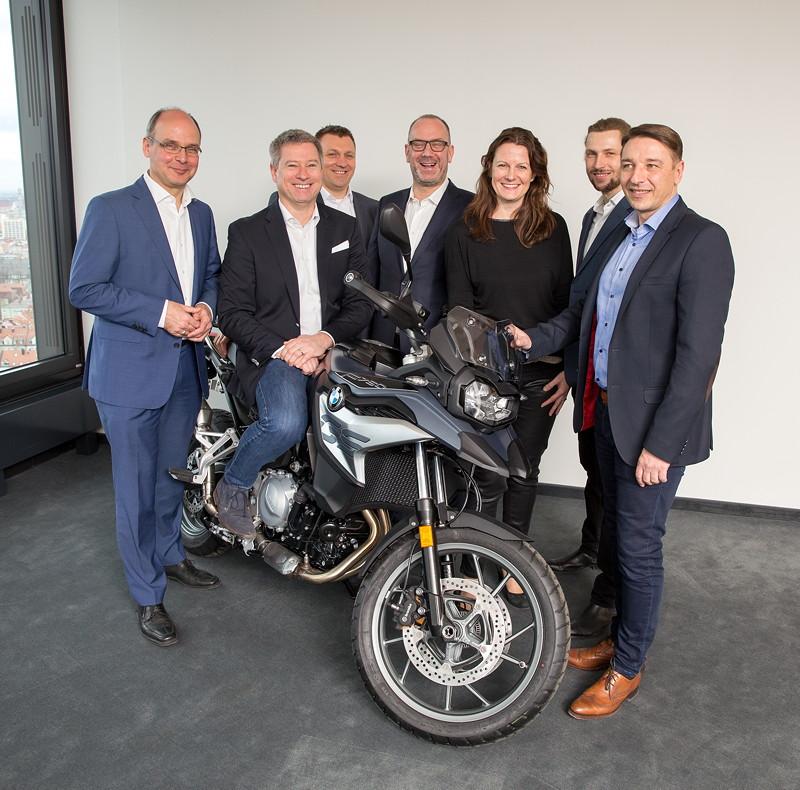 BMW Motorrad RIDES powered by ADAC / Vertragsunterzeichnung BMW Motorrad und ADAC in der ADAC Zentrale in München am 30.01.2018