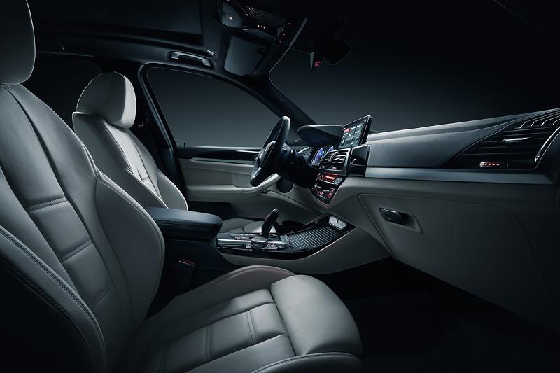 BMW Alpina XD3, Interieur vorne