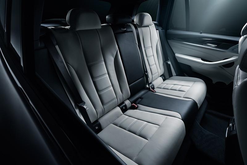 BMW Alpina XD3, Sitze im Fond