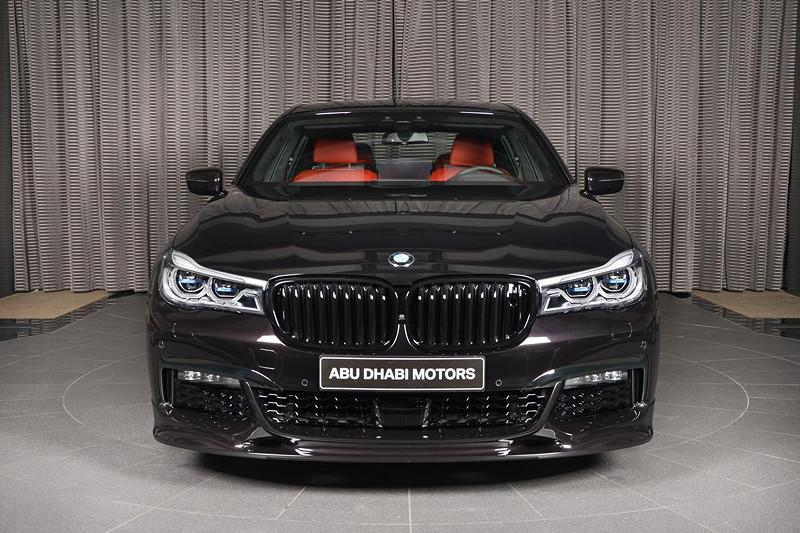 BMW 730Li (G12) mit Spoiler der Firma '3D-Design' und schwarer Niere von BMW M Peformance.