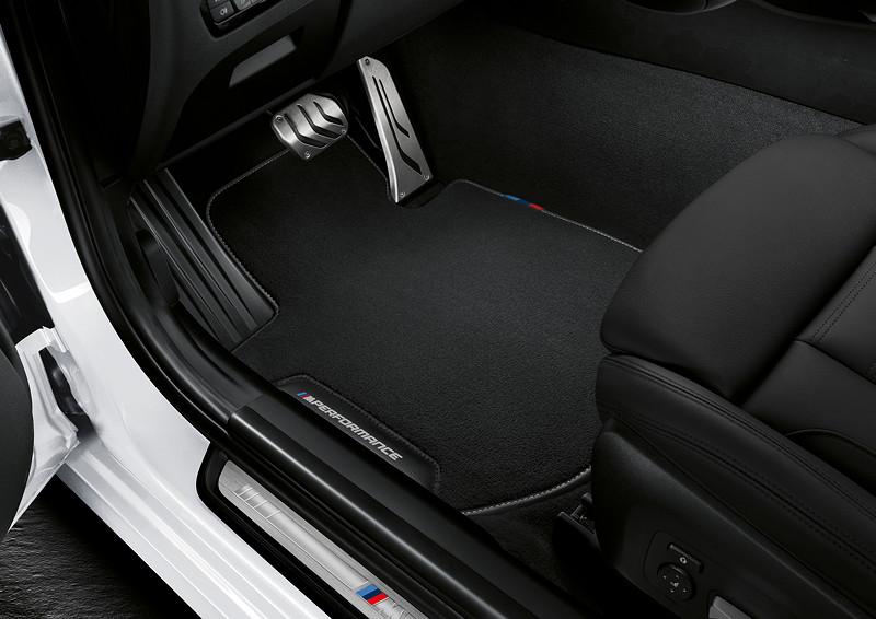 BMW M Performance Parts für den neuen BMW 3er, MPerformance Fußmatten.